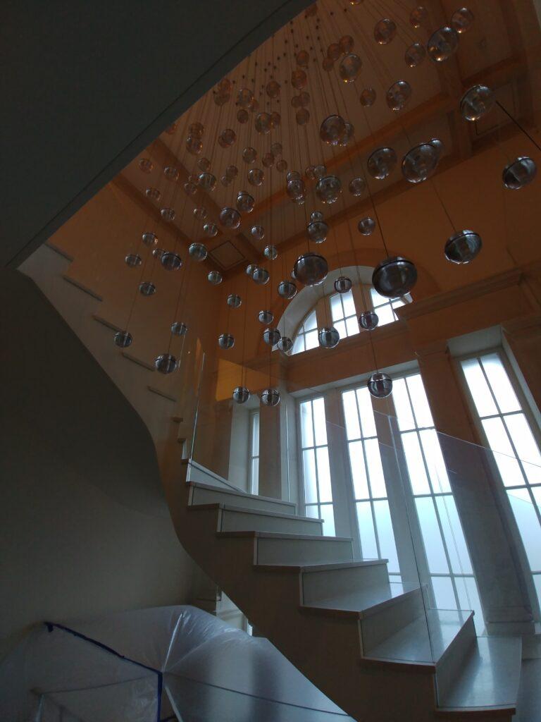 Balustrada szklana, szkło bezpieczne laminowane, szkło gięte na łuku (003)