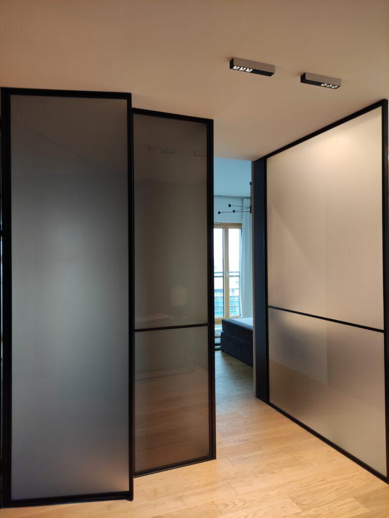 drzwi loft ze szkłem matowym